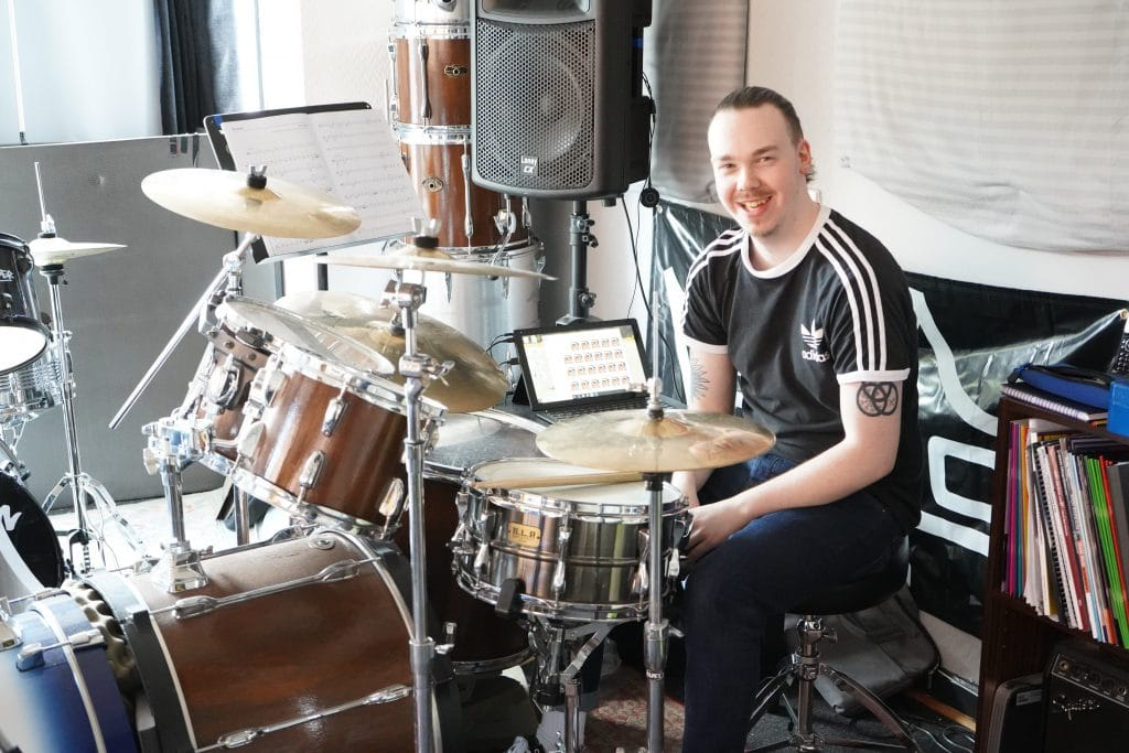 ADULT AND KIDS DRUM LESSONS SANDWELL